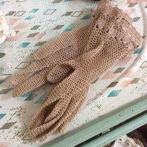 Vintage Accessories - Handmade Crochet Lace Vintage Gloves Austria